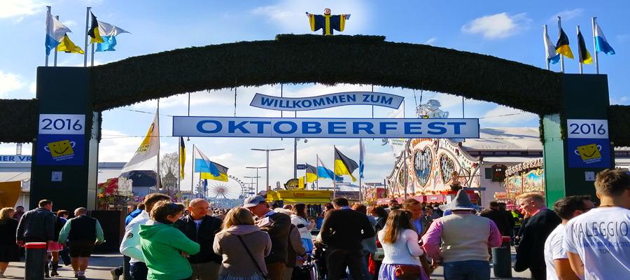 Oktoberfest main entrance 2016