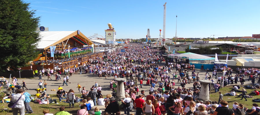 Oktoberfest opening day