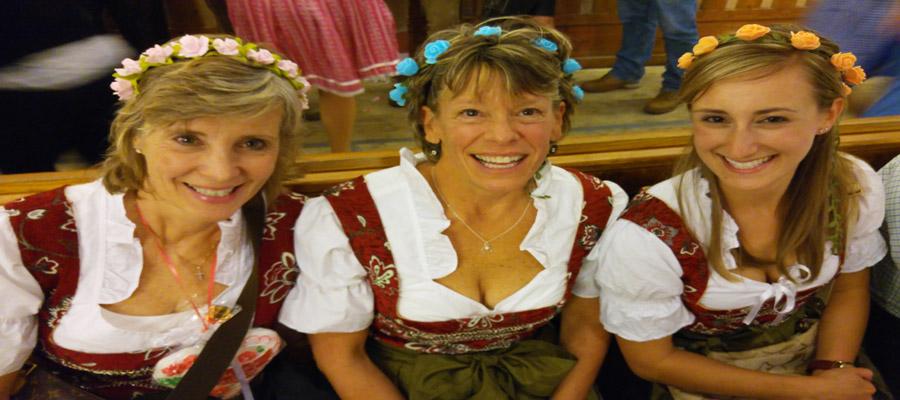 Oktoberfest women