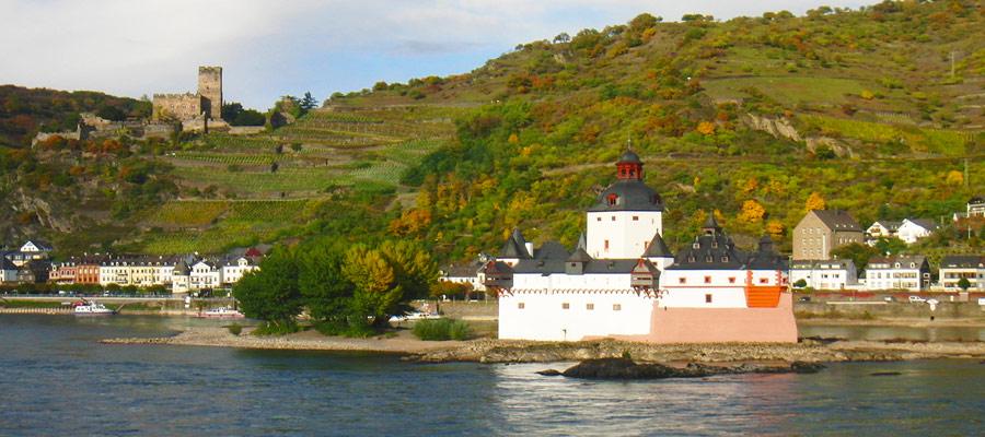 Rhine water castle